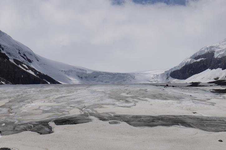 52° 11′ 27″ N / 117° 15′ 19″ W (Athabasca Glacier)